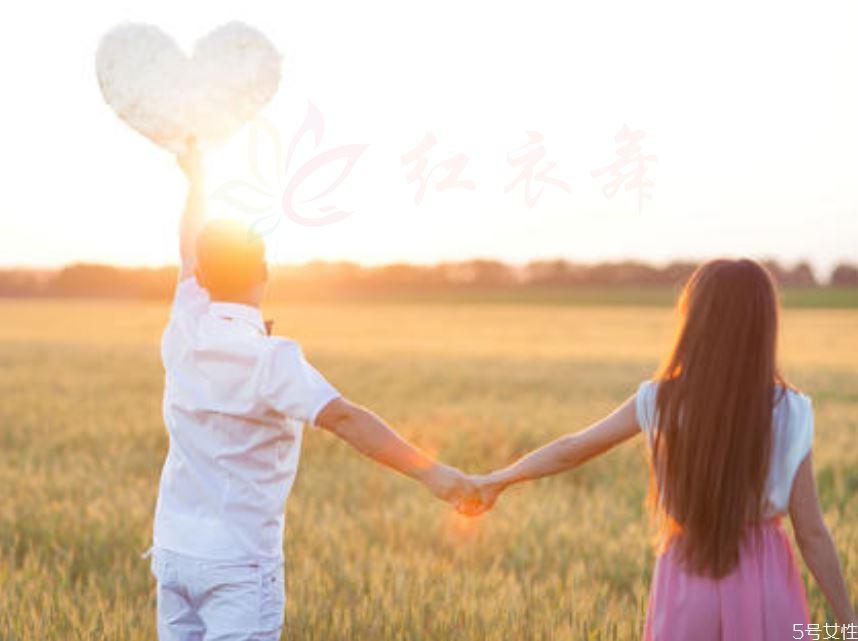 断开暧昧期过后 男生断开后会做什么来表示爱你