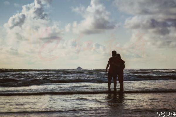 异地恋如何培养感情异地恋如何才能长久?