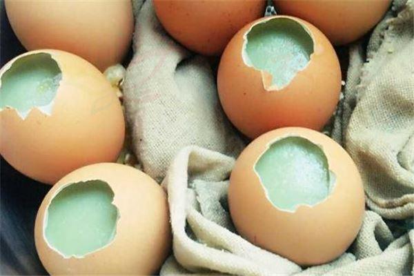 固体鸡蛋和碱的比例可以在家里做