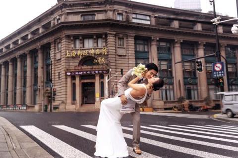 从深圳到马尔代夫拍婚纱照多少钱?